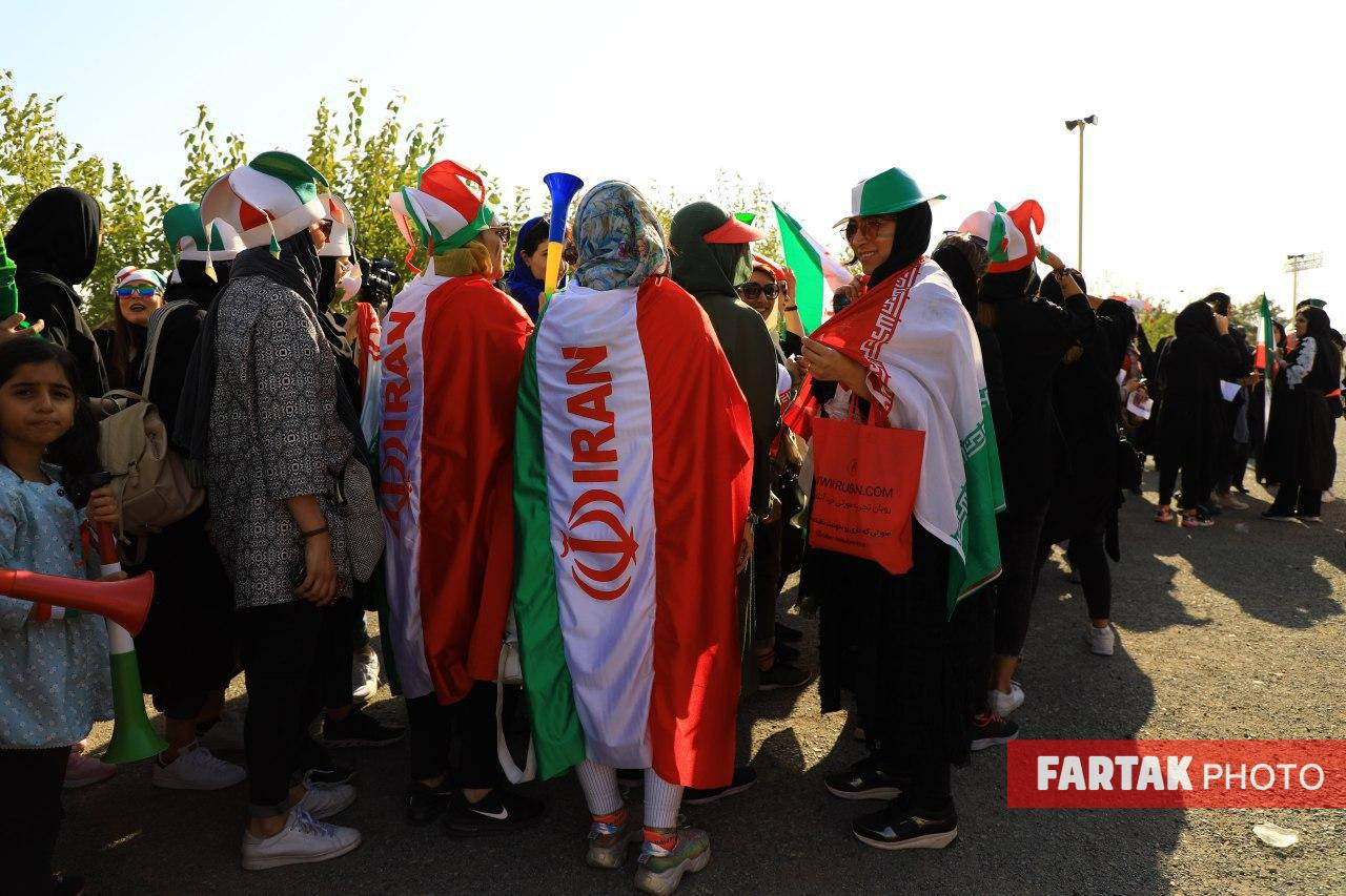 اختصاصی/ تصاویری  دیدنی از حضور بانوان در ورزشگاه آزادی
