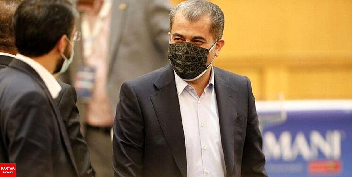 مدیرعامل باشگاه استقلال: نه متواری شدم نه تحت تعقیب هستم