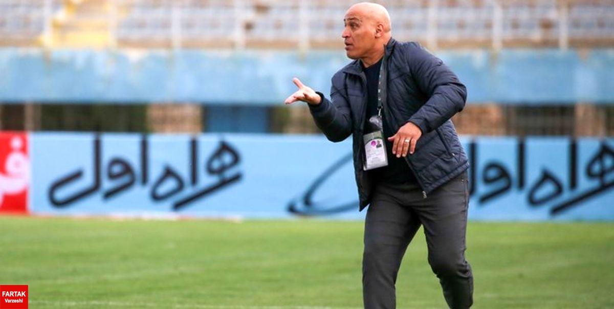 منصوریان: در فوتبال ما گوش شنوایی وجود ندارد/ مثل کبک سرشان در برف است