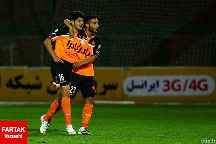 جوان اول تیم ملی، سومین دو گله لیگ شانزدهم