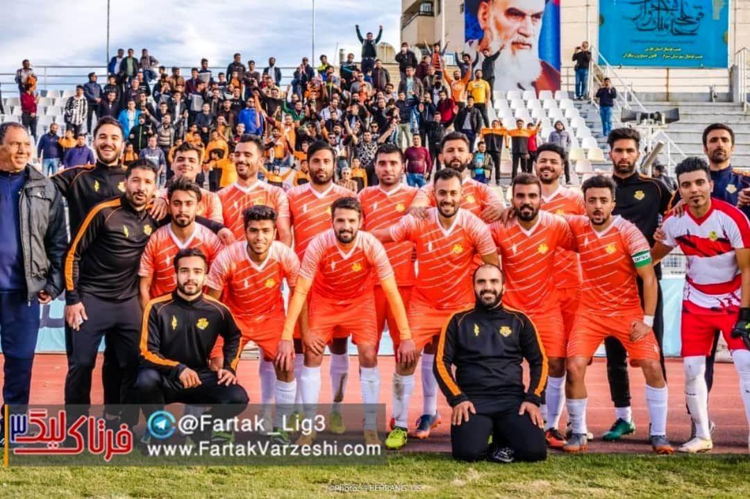 باشگاه برق ۳ فاز شیراز:تمام حرف هایمان را در زمین بازی میزنیم!