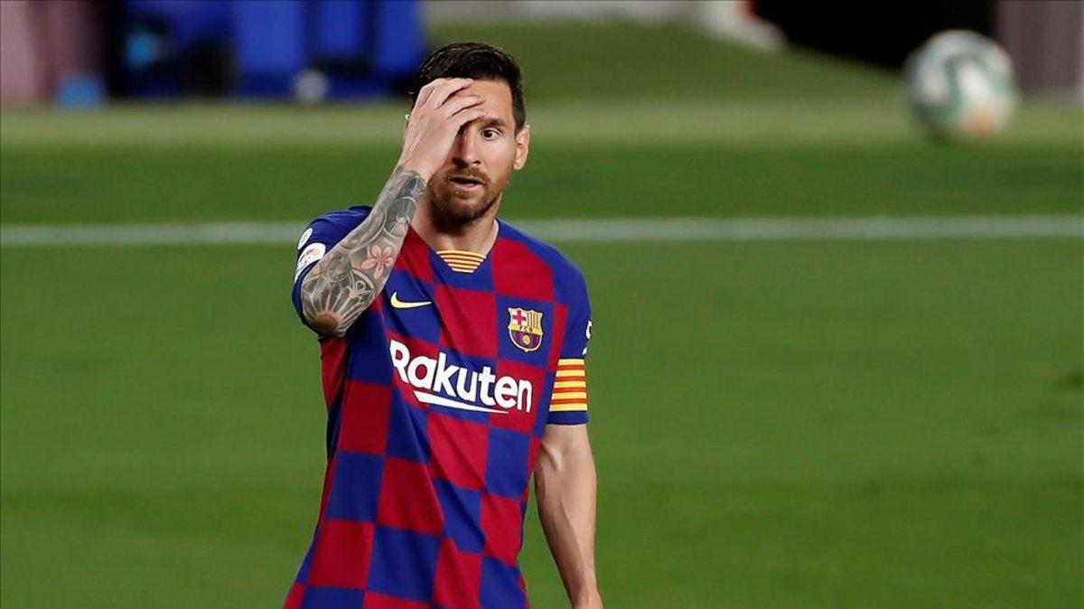 مسی، بارسلونا را ترک میکند
