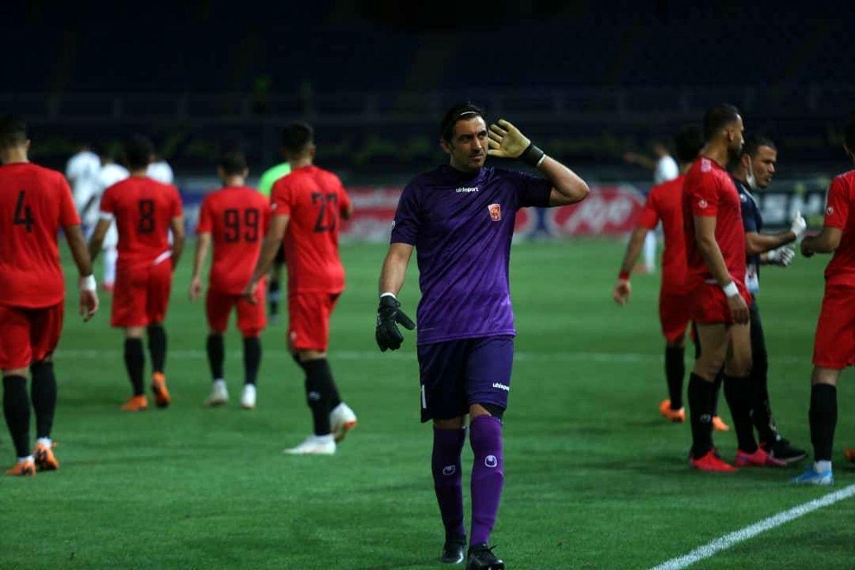 درخشش مهدی رحمتی در اولین بازی پس از بازگشایی لیگ (عکس)