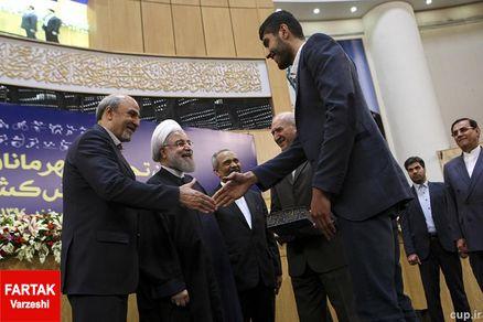 وزارت ورزش و کارکنان سالخورده/ مهلت 60 روزه به پایان رسید
