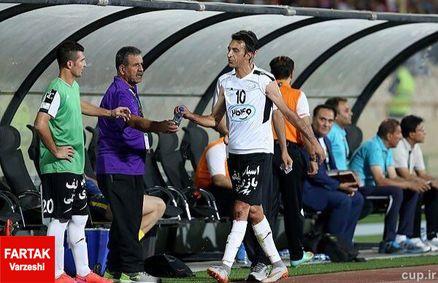 جر و بحث مربی صبا با کاپیتان تیم پس از بازی پرسپولیس