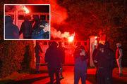هواداران منچستریونایتد به خانه نایبرئیس باشگاه حمله کردند