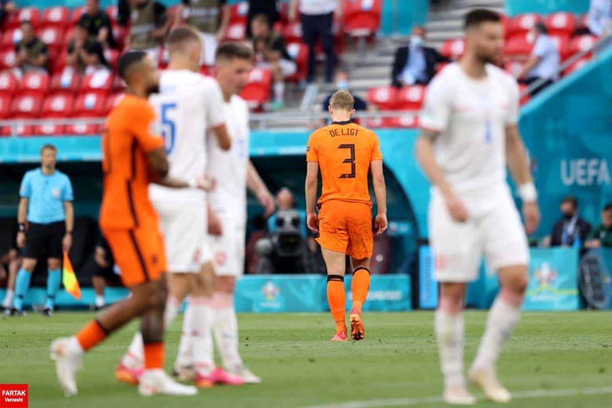 هلند 0 - 2 چک؛ گناه نابخشودنی دی لیخت