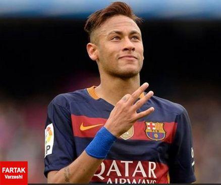 ستاره برزیلی بارسلونا، به سرمربی سابق خود رو دست زد.