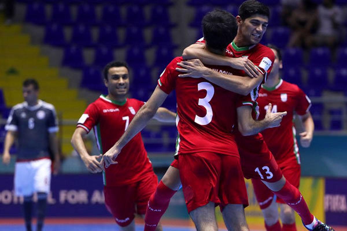 روسیه با پیتر چک در مقابل ایران بازی می کند!+ عکس