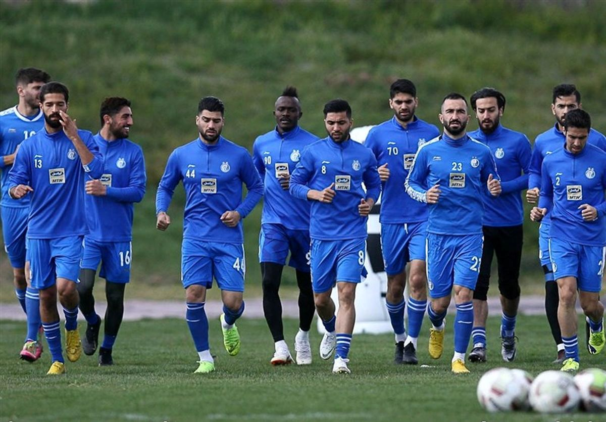 بازیکنان مشکوک استقلال، جداگانه در ایفمارک