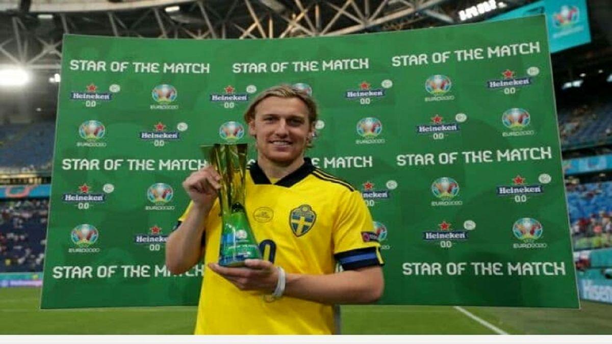فورسبرگ  بهترین بازیکن دیدار تیمهای ملی فوتبال سوئد و لهستان انتخاب شد