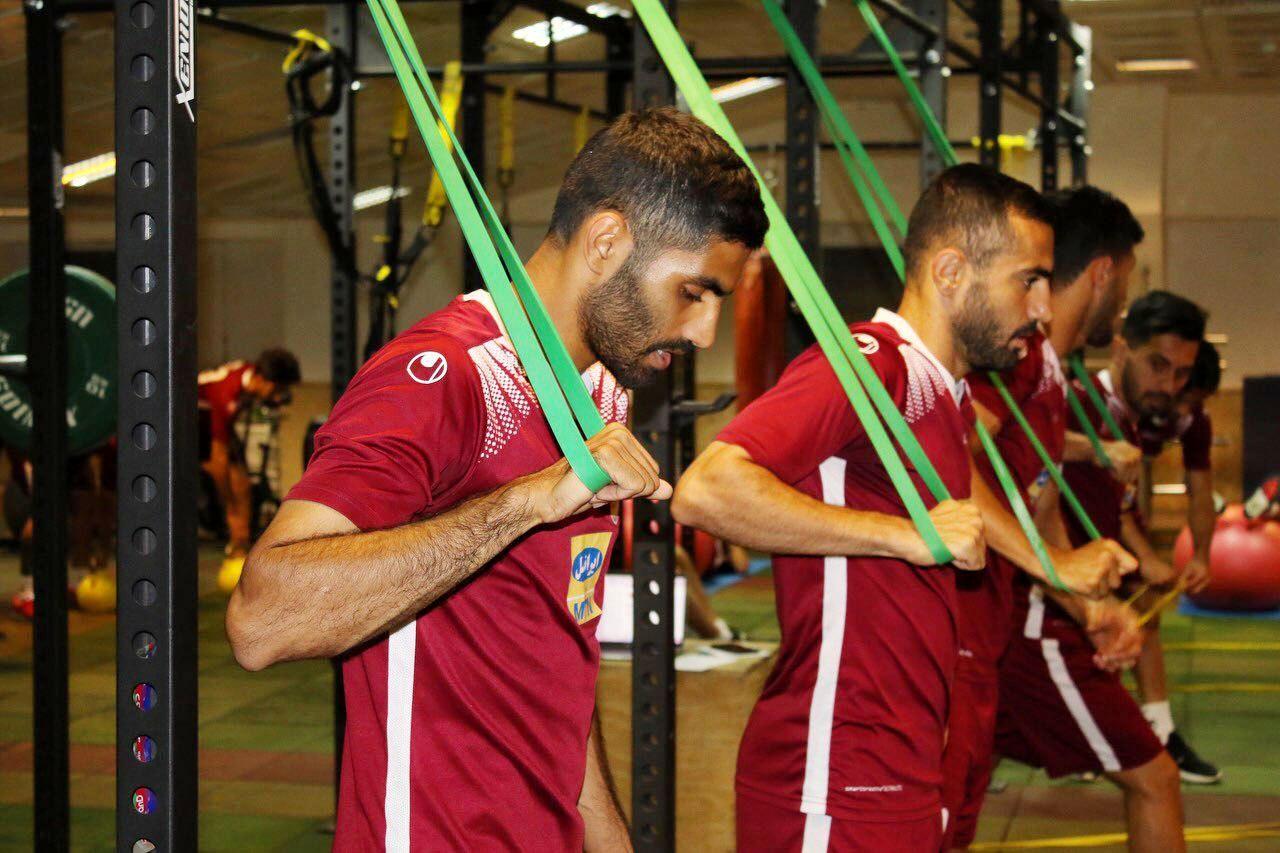 بیشتر از هرکسی به موفقیت پرسپولیس فکر می کنم / سیدجلال حسینی از نوابغ فوتبال ماست