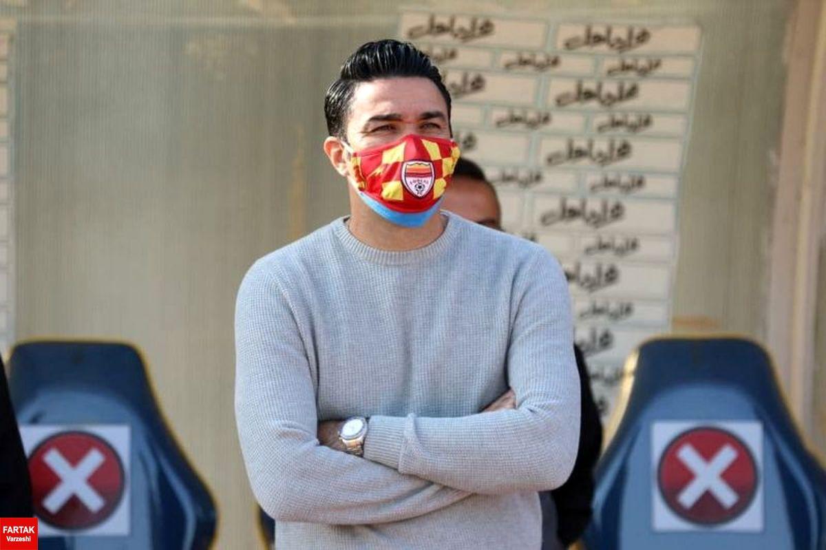 نکونام: دلم در تهران پیش شماست