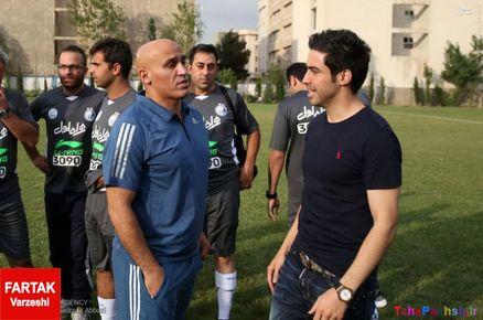 منصوریان هنوز مورد حمایت هواداران