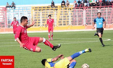 بلاتکلیفی چهار تیم در لیگ دسته اول فوتبال کشور!
