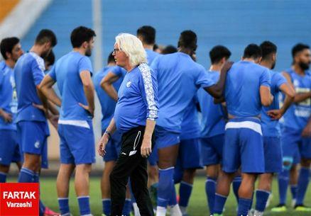 سرمربی استقلال برای بازیکنانش جلسه گذاشت