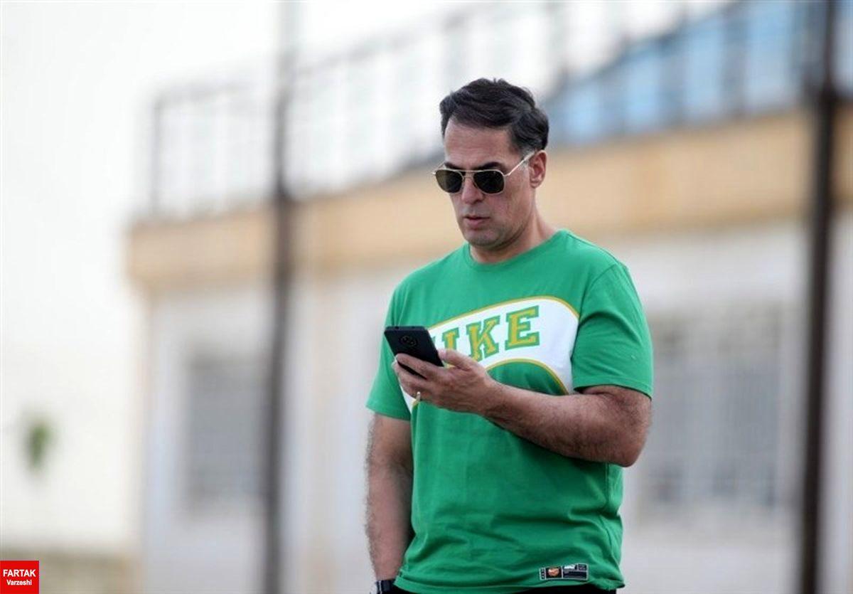 آذری: از رفتار باشگاه ذوبآهن در پرونده شکاری تعجب کردم/ تا آخر عمر حاضرم از منافع این باشگاه دفاع کنم
