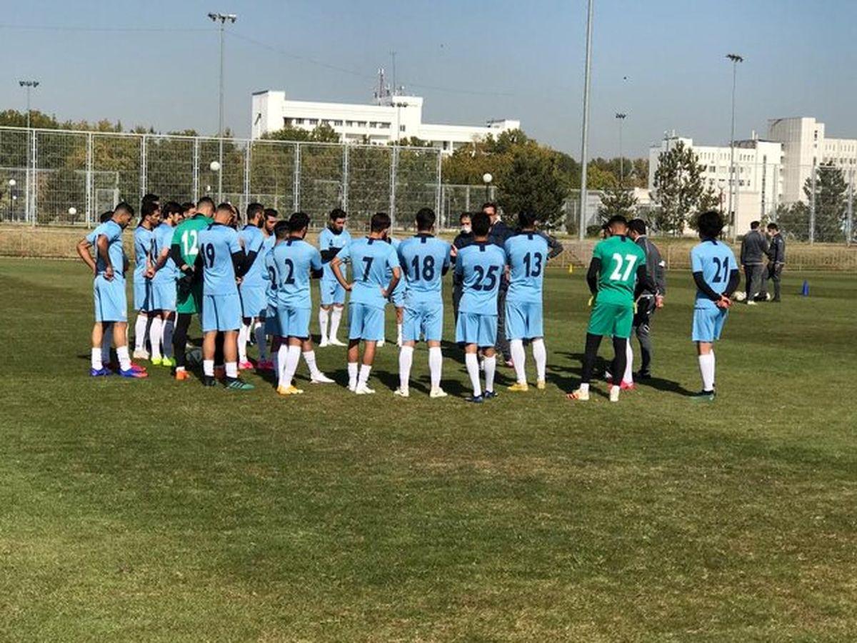 نخستین تمرین تیم ملی فوتبال در ازبکستان