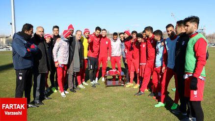 تمرینات پرنشاط تیم تراکتورسازی در روز حضور سرپرست باشگاه